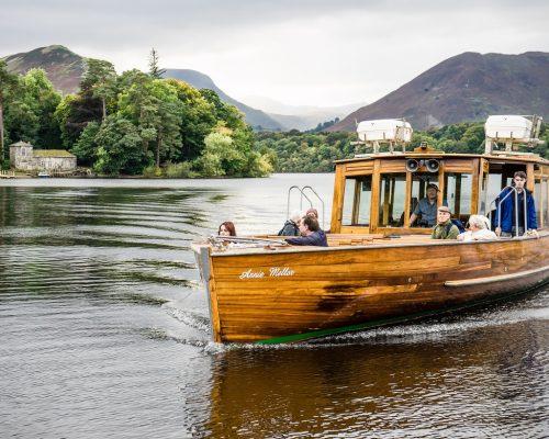 Boat-and-Derwent-Isle-John-Hodson